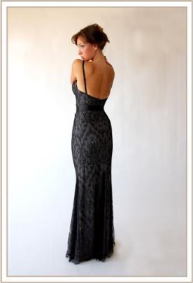 שמלת ערב תחרה שחורה גב פתוח