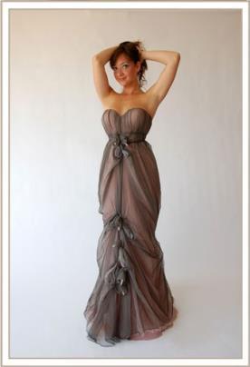 שמלת ערב מקסי סטרפלס כיווצים