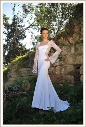 שמלת כלה שרוול ארוך תחרה בצד