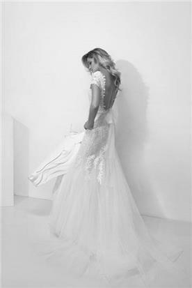 שמלת כלה עם גב חשוף - יניב פרסי - Yaniv Persy