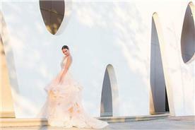 שמלת כלה בצבע - יניב פרסי - Yaniv Persy