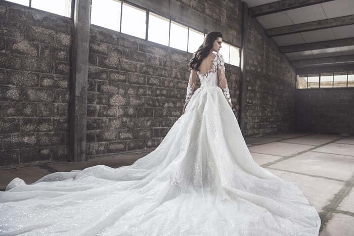 שמלות בעיצוב פרטני
