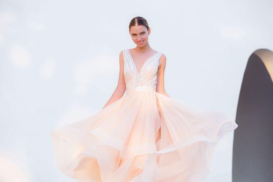 שמלת שושבינה ורודה קלאסית