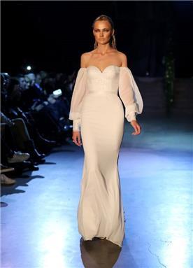 שמלה כלה עם שרוול ארוך מעוצב