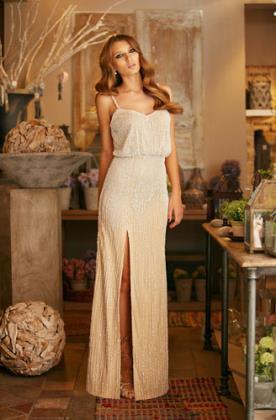 שמלת כלה זוהרת עם חרוזים