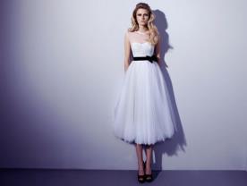 שמלת כלה מידי רומנטית עם חגורה
