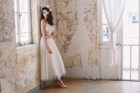 שמלת כלה טופ תחרה וחצאית טול מנוקד