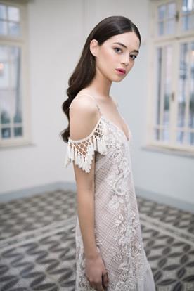 שמלת כלה בסגנון בוהו קלאסי