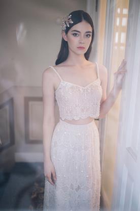 שמלת כלה שני חלקים מתחרה עדינה
