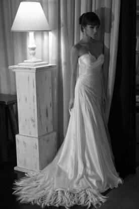 שמלה אידיאלית לכלה הקלאסית