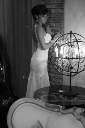 שמלת כלה ממשי למראה מרהיב