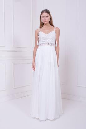 שמלת כלה עם כתפיות בקישוט מיוחד