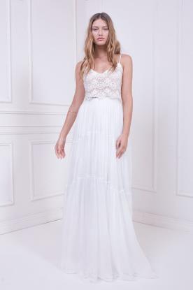 שמלת כלה עם חצאית כיווצים