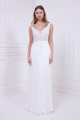 שמלת כלה עם קשירה במחשוף