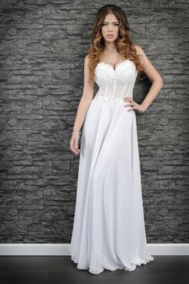שמלת כלה בעיצוב חלק בדוגמת סטרפלס