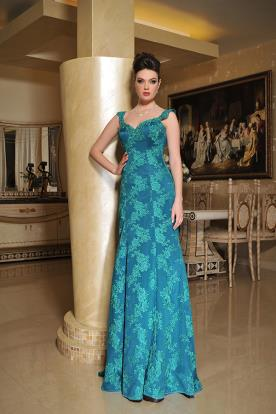 שמלת ערב קלאסית עם תחרה עשירה