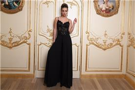 שמלת ערב שחורה וארוכה עם כתפיות