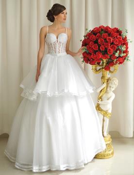 שמלת כלה נפוחה בשתי שכבות