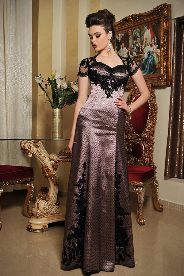 שמלת ערב מסאטן ושכבת תחרה