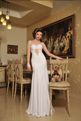 שמלת כלה קלאסית נועזת