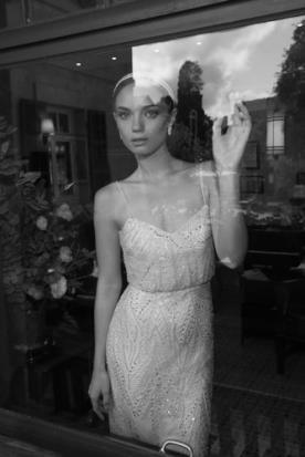 שמלת כלה עם חרוזים