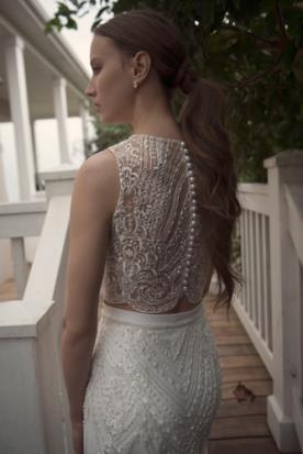 שמלת כלה עשירה בחרוזים