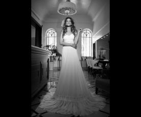 שמלת כלה עם חצאית מלמלה ארוכה