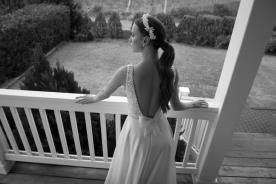 שמלת כלה בשילוב אבני סברובסקי בחלק העליון