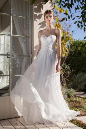 שמלת כלה עם מחוך וחצאית שיפון