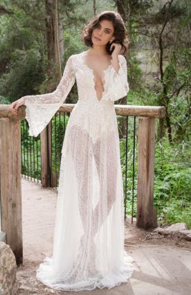 שמלת כלה תחרה עם שרוולים רחבים