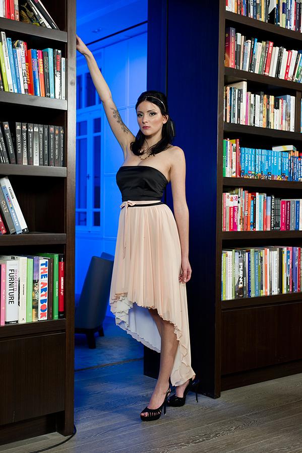 שמלת ערב חצאית אסימטרית