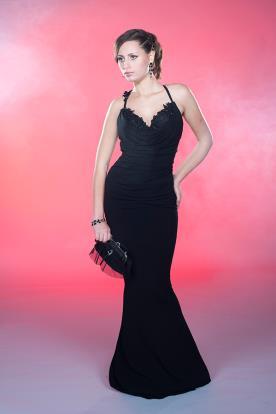שמלת ערב שחורה סגנון קלאסי