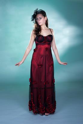 שמלת ערב בורדו