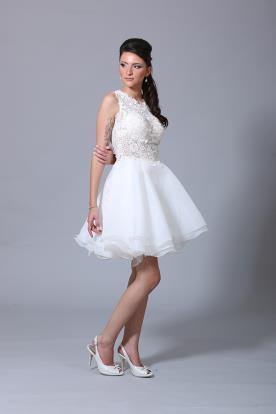 שמלת כלה תחרה ושיפון קצרה