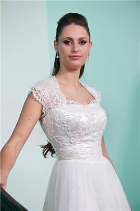 שמלות ערב במידות גדולות