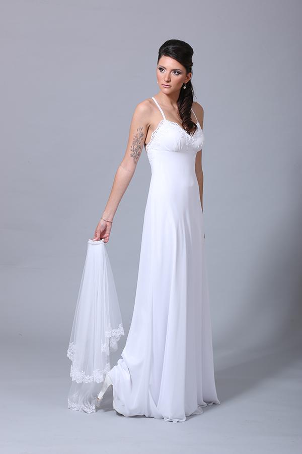 שמלת כלה עדינה ואלגנטית