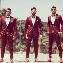 חליפות חתן בצבע בורדו