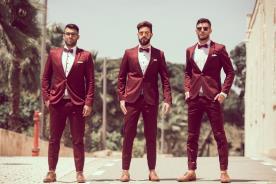 חליפות שני חלקים בצבע בורדו