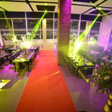 עיצוב אולם שטיח אדום