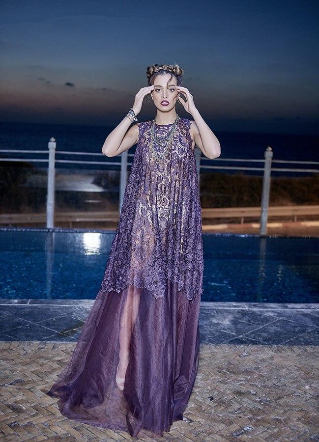 שמלת ערב סגולה בשילוב תחרה