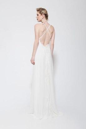 שמלת כלה איקס בגב