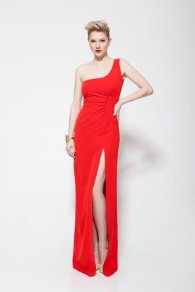 שמלת ערב אדומה עם שסע
