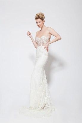 שמלת כלה סטרפלס נועזת