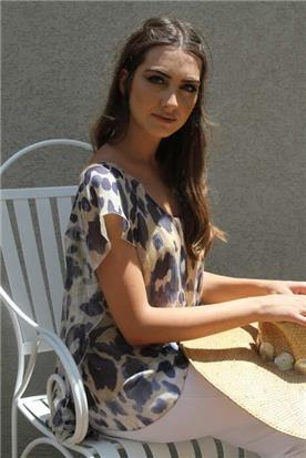 שמלות עם שסע