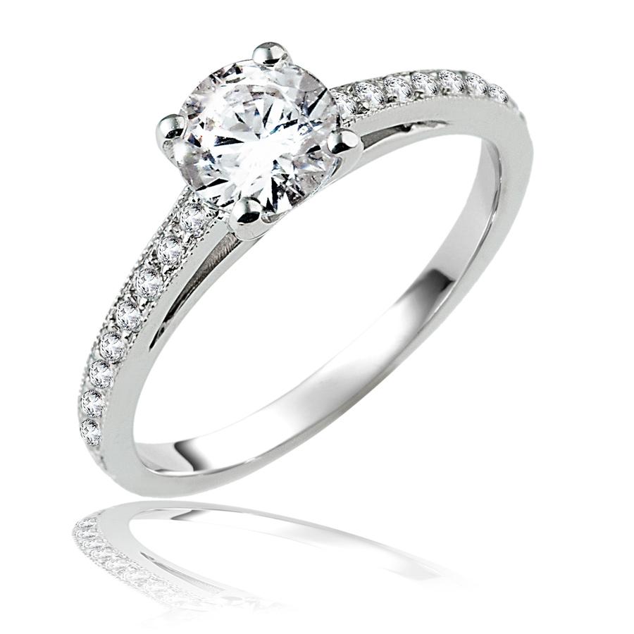 טבעת אירוסין עדינה מוקפת יהלומים
