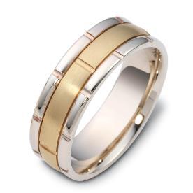 טבעת נישואין מחולקת למקטעים