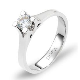 טבעת אירוסין שקע מרובע ליהלום