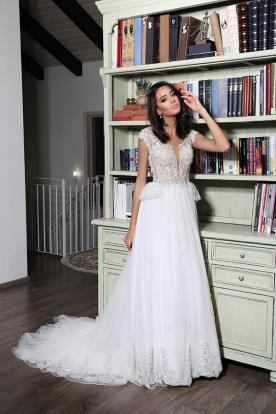 שמלת כלה בסגנון רומנטי אופנתי