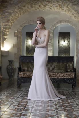 שמלת סטרפלס רומנטית לערב