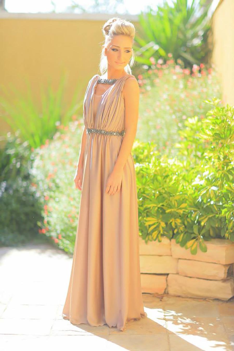 שמלת ערב בסגנון יווני מעוטר